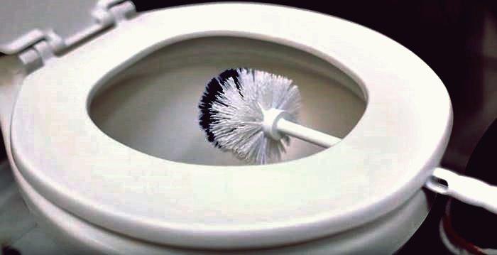 Reinigungstipps - So reinigen Sie die 5 schlimmsten Dinge in Ihrem Badezimmer